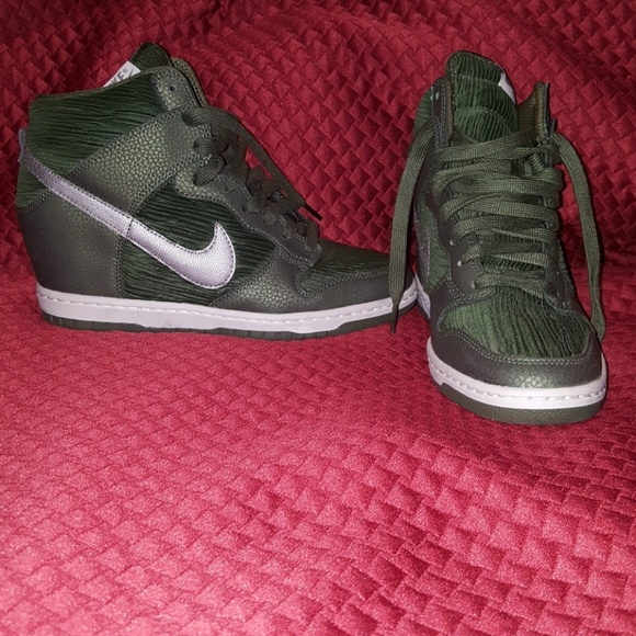 50e11e8c0218 Women s Sky Hi Nike Dunk Sneaker. M 5ac47a451dffdababd997b82. Other Shoes  ...